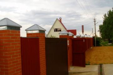 Внуково, изготовление и установка колпаков на забор